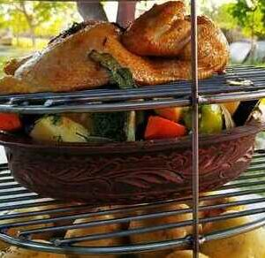 Сковорода из глины с овощами